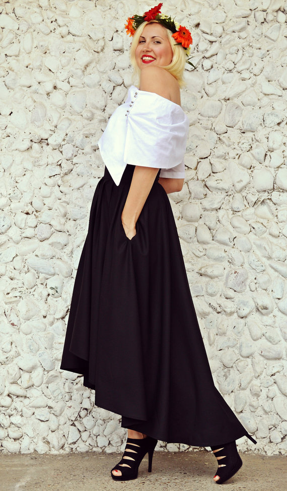 summer black skirt