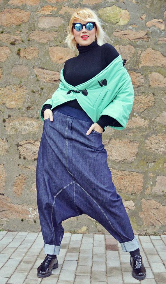 loose pants