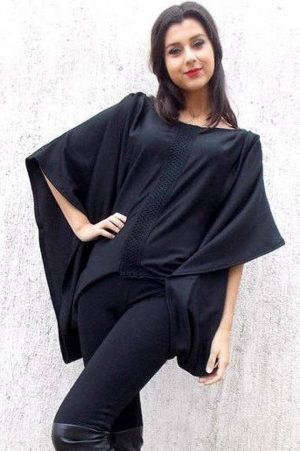 black loose extravagant top