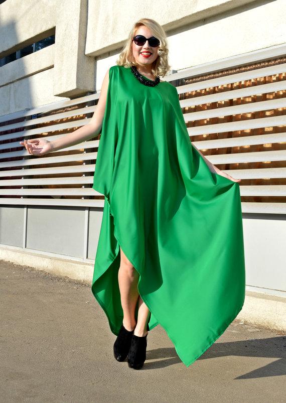 green kaftan