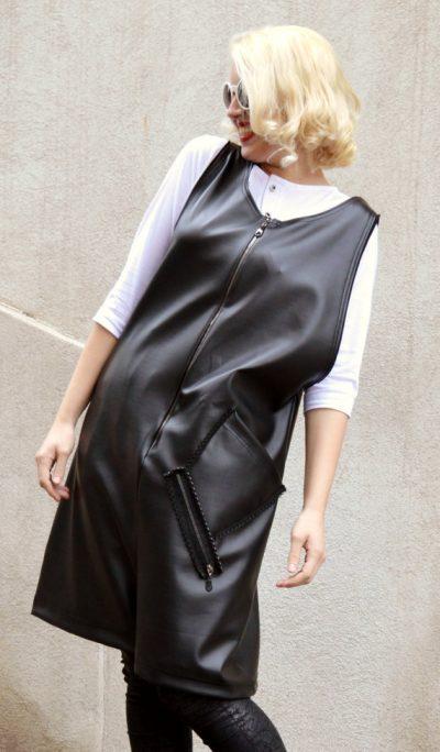 metallic black jumper