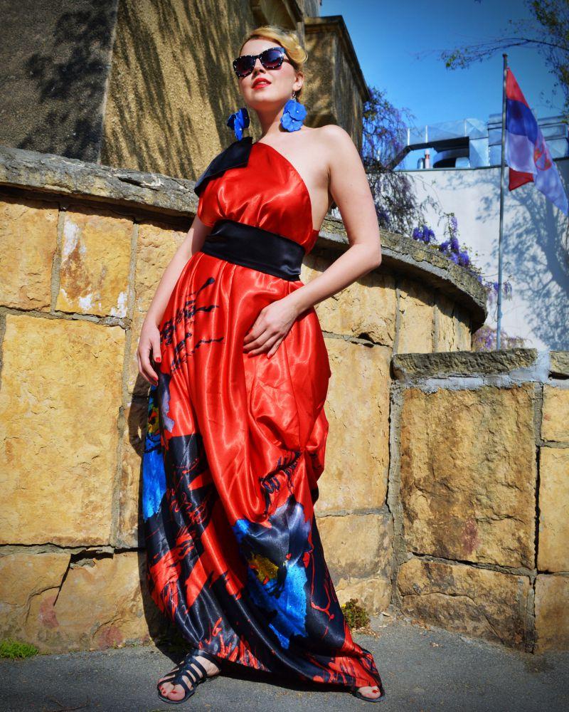 red carpet dress